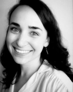Headshot - Annie Paladino